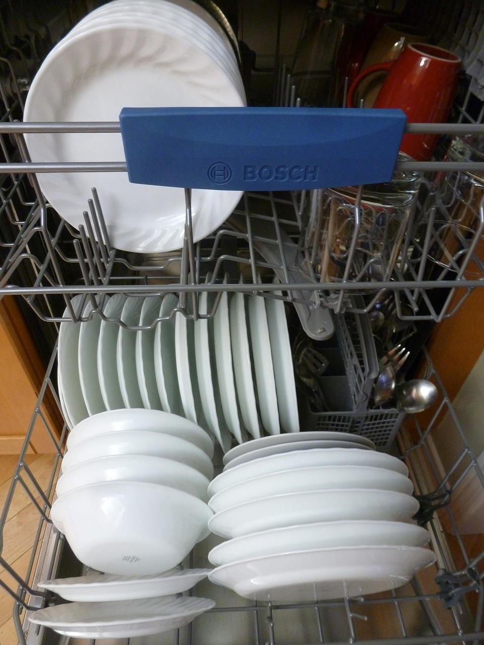 Lavastoviglie Whirpool, un elettrodomestico sempre più utile e funzionale